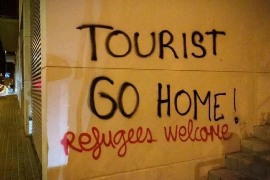 tourist go home barcelona
