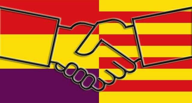 Republikeinse Spaanse vlag en Catalaanse vlag