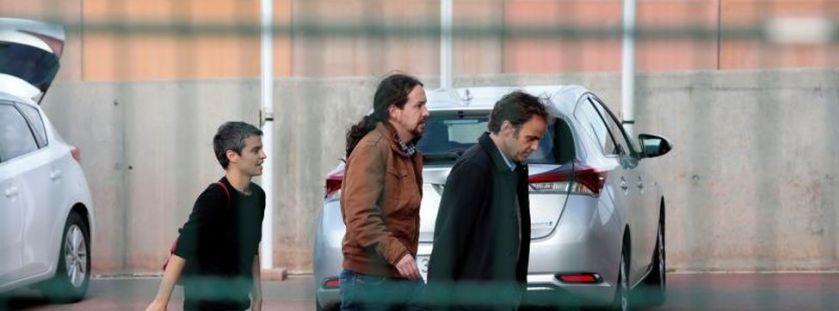 Pablo Iglesias bezoekt Oriol Junqueras